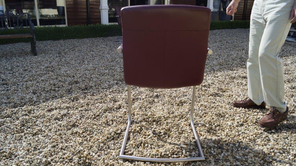 Luxe rund lederen carpanelli eetkamer stoelen jan frantzen