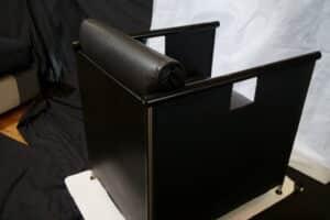 FB Chair Karel Boonzaaijer & Pierre Mazairac voor Castelijn verkocht!